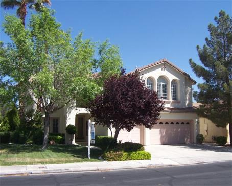 Beautiful 2 story home in gated Green Valley Ranch